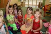 Naše nejmladší tanečnice trénují - listopad 2017